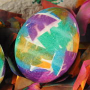 Confetti Dyed Easter Eggs Tutorial